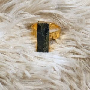 NWOT Green Stone Gold Tone Adjustable Ring